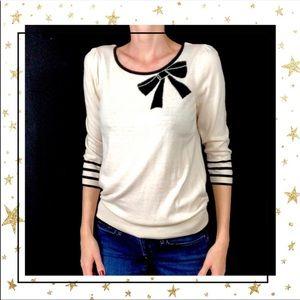 LOFT Women's Medium Cream sweater with bow (D3)
